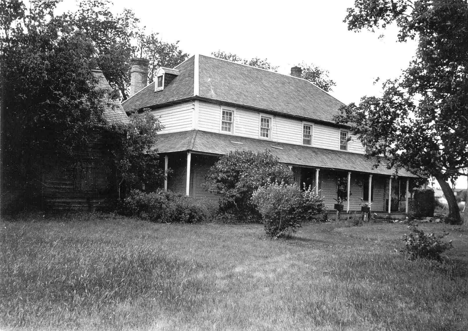 1850s Seven Oaks house