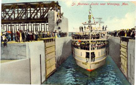 1910 First boat through locks Winnitoba