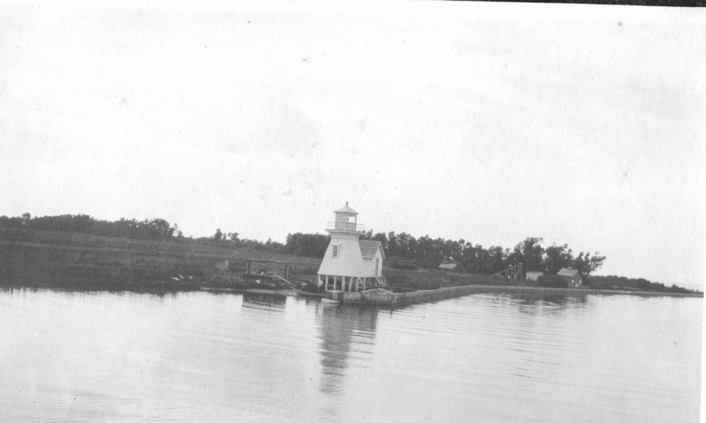 1922 West lighthouse at Red River mouth