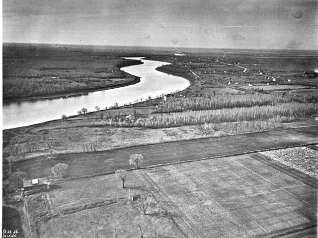 1923 River Road