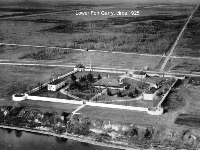 1925 Lower Fort Garry