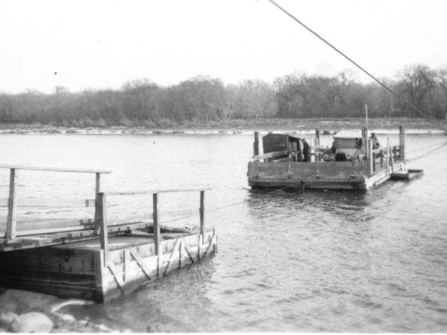 392 Selkirk ferry, Nov 1923