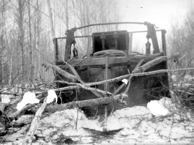 Breaking land - Bulldozing trees on Kossacks 1952