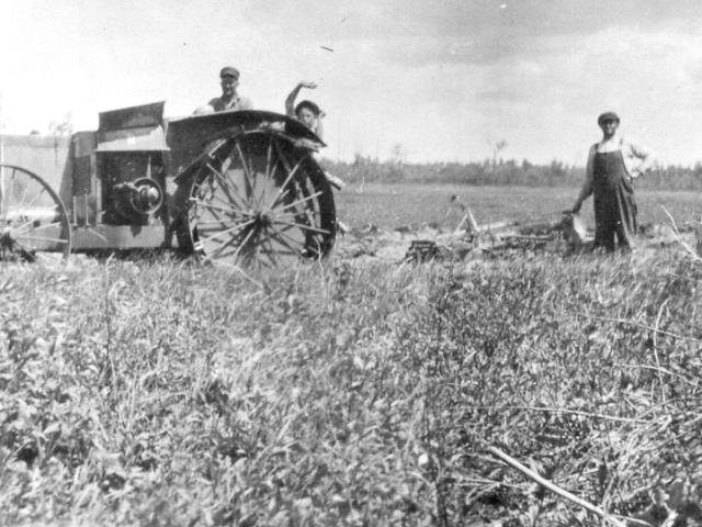 Breaking land 1927 - Kaluzniak