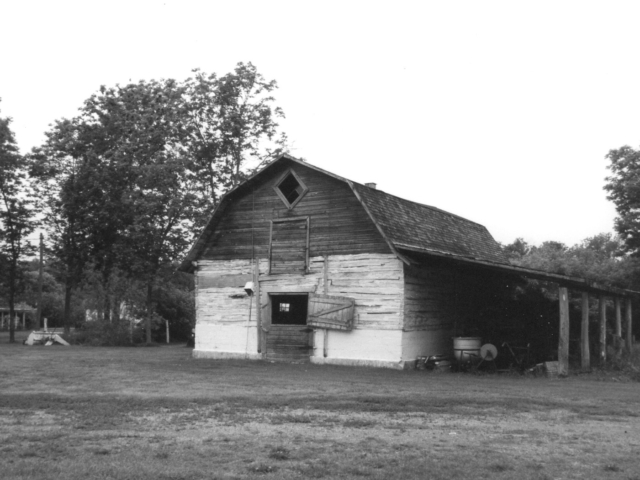 Dolinsky Barn built in the early 1920s.