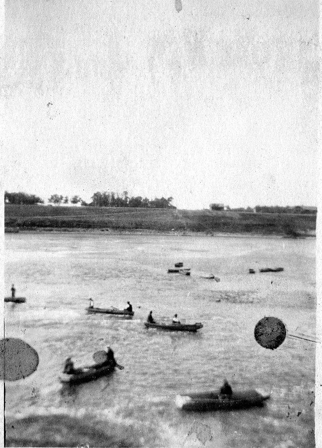 Fishing at Lockport circa 1920s