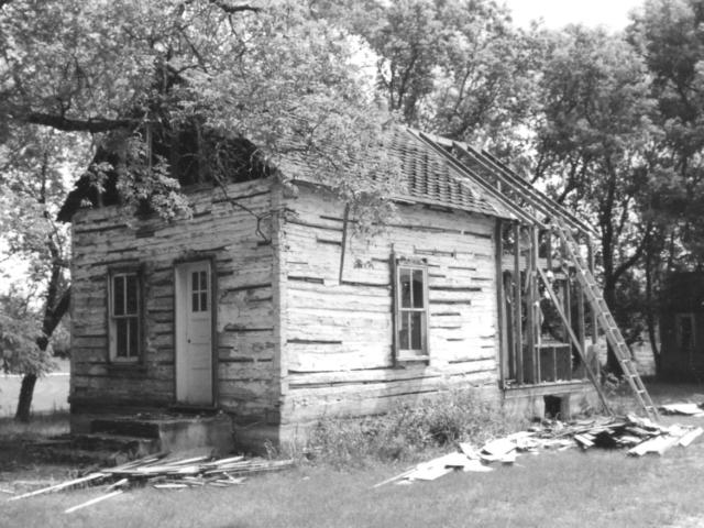 Frank Epp house 1 Henderson Hwy early 1900s.