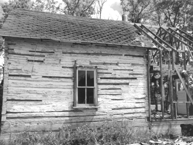 Frank Epp house 2 Henderson Hwy early 1900s. Side view.
