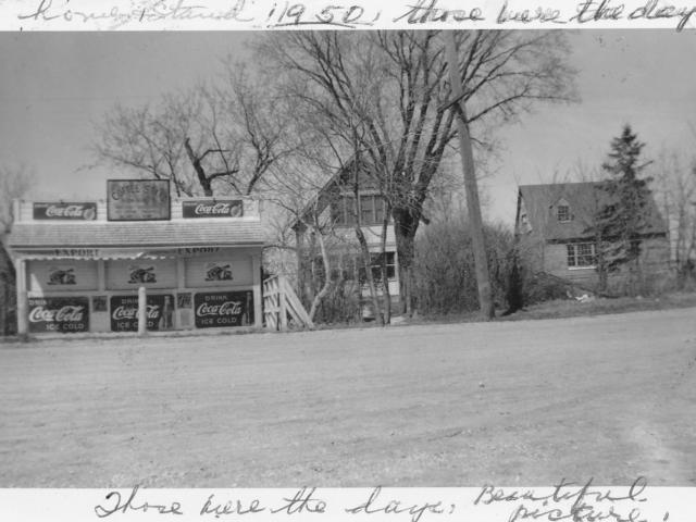 Mabel Davis' stand, Lockport 1950
