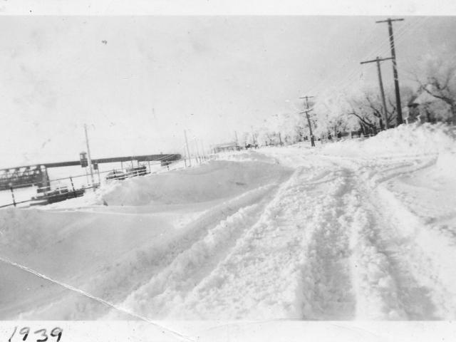 1939 Snow in Lockport