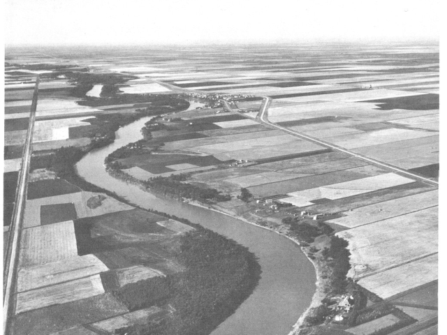 Aerial Photo of River Lots