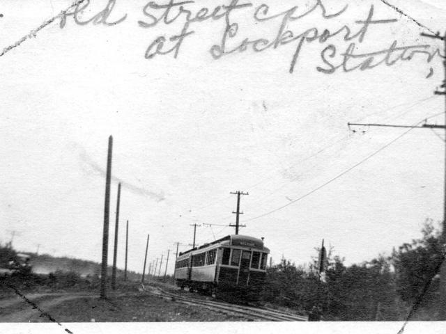 Old Street Car at the Lockport station - R Davis