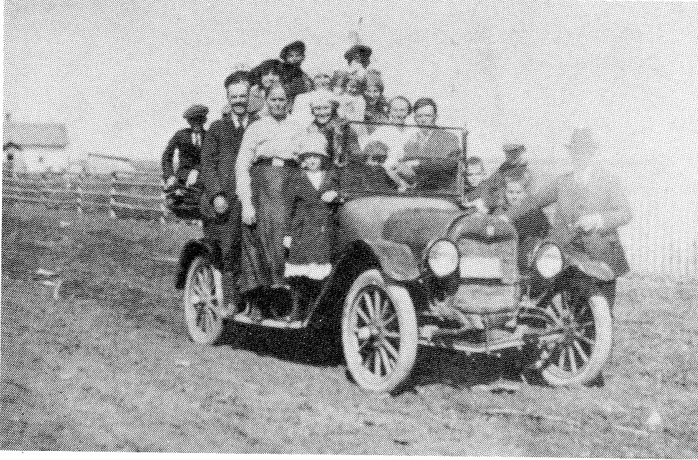 One of the first Maxwell cars in East Selkirk going to a picnic by the Red River – 1919