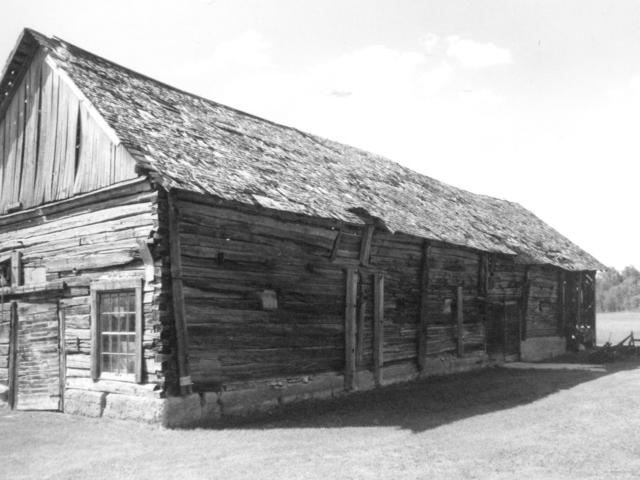 Ozol Barn built in 1925 SW 13-15-6E