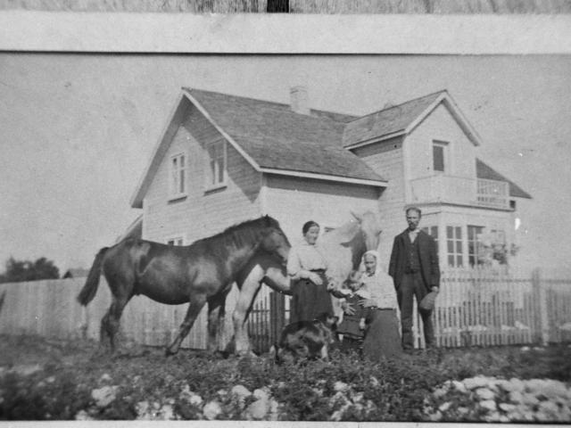 Ozol House built in 1909
