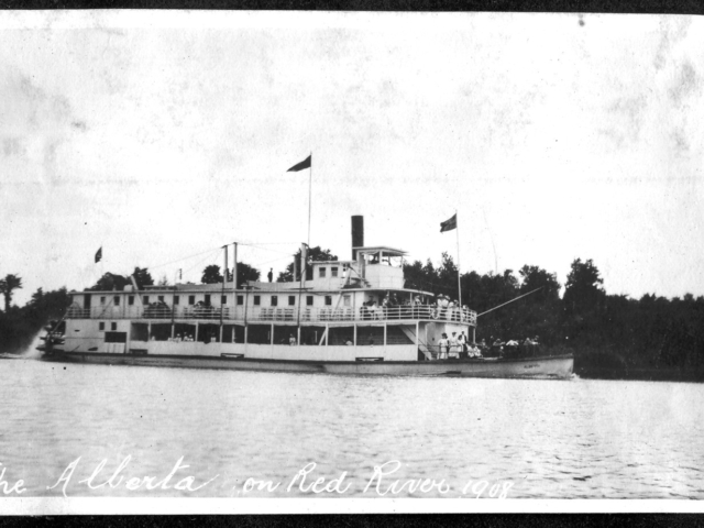 1908 SS Alberta on Red River