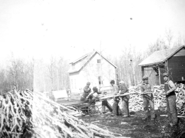 Wood - Cutting wood at the Kosack's 1942