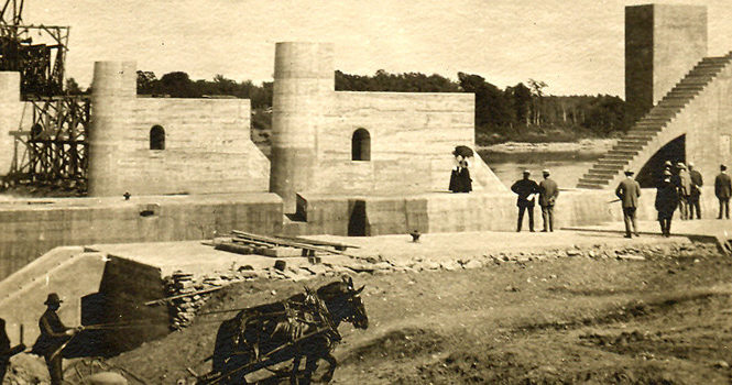 Lock and Dam construction in Lockport, Manitoba 1908