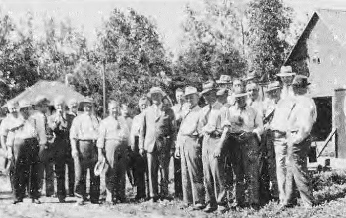 Directory and Superintendents of Searle Grain Co. al Searle Farm, 1943.
